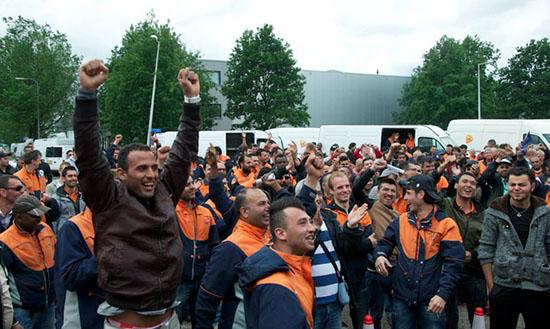 Persbericht zondag 28 juni Amsterdam 12.00u